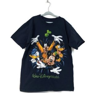 Disney World Resort Kids T-shirt Size Medium
